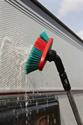 Afbeelding van Hoekverstelbare autowasborstel met watertoevoer, 24 cm Vikan 526852